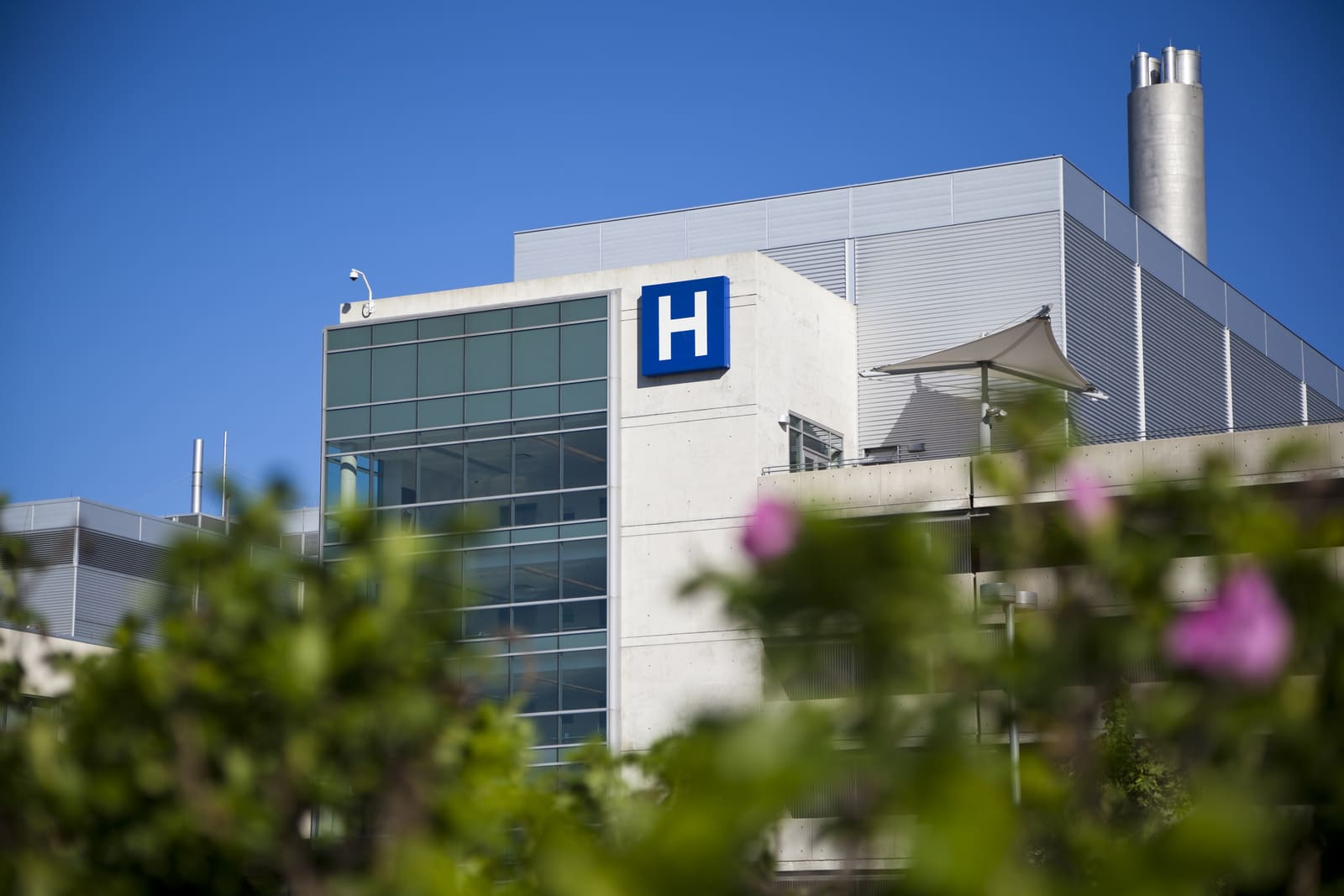 Healthcare Architecture The Science of building hospitals
