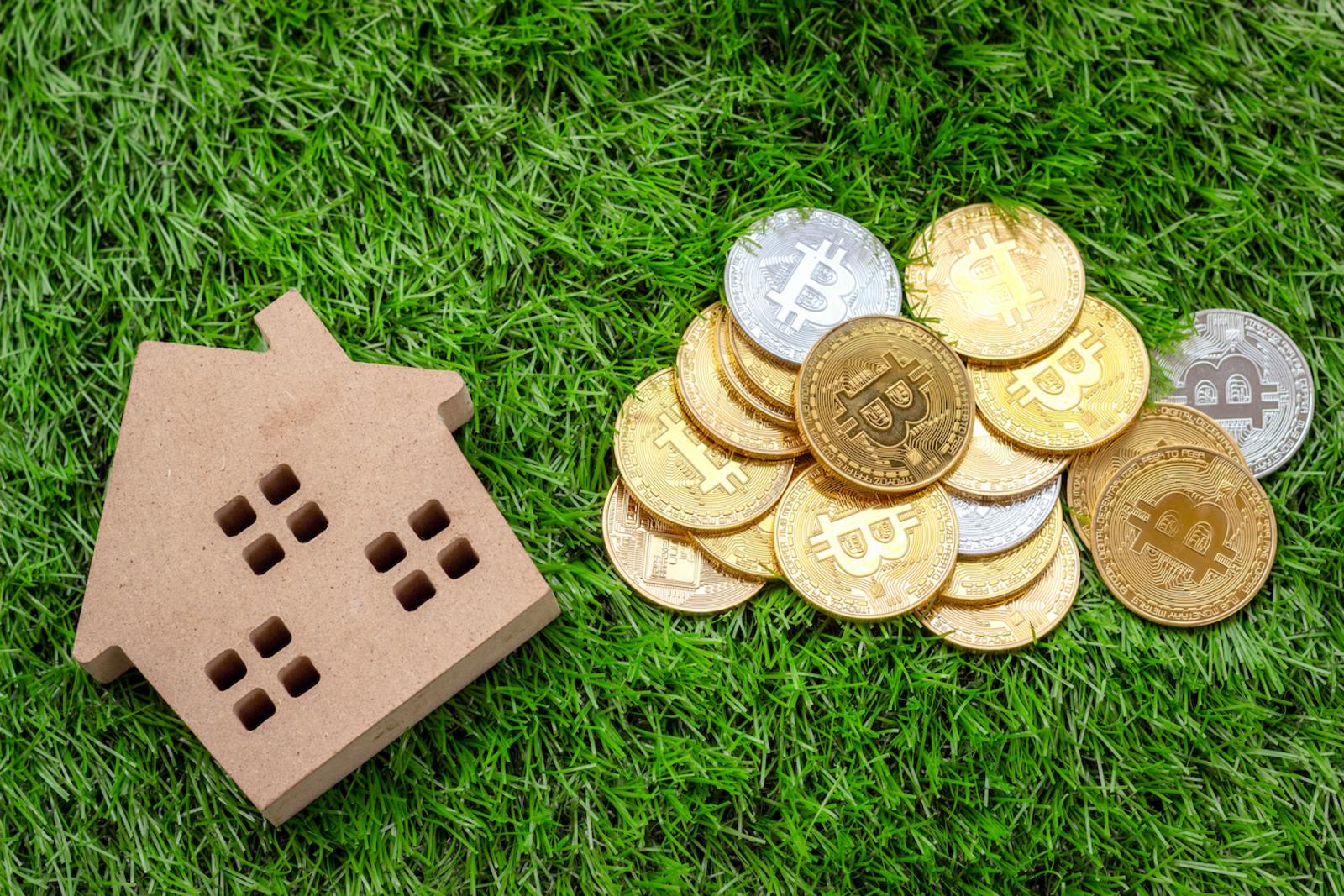 real estate versus blockchain