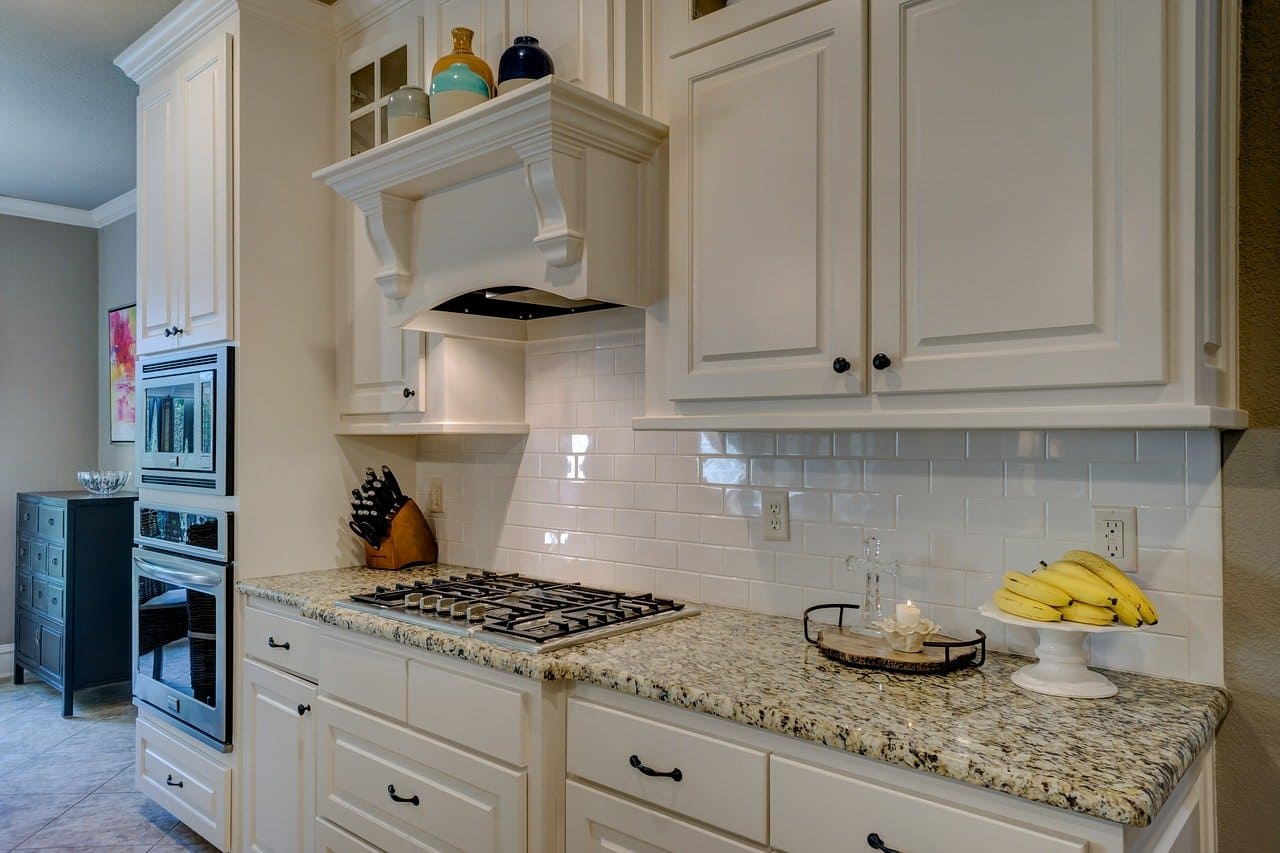 Change the color of kitchen cabinets