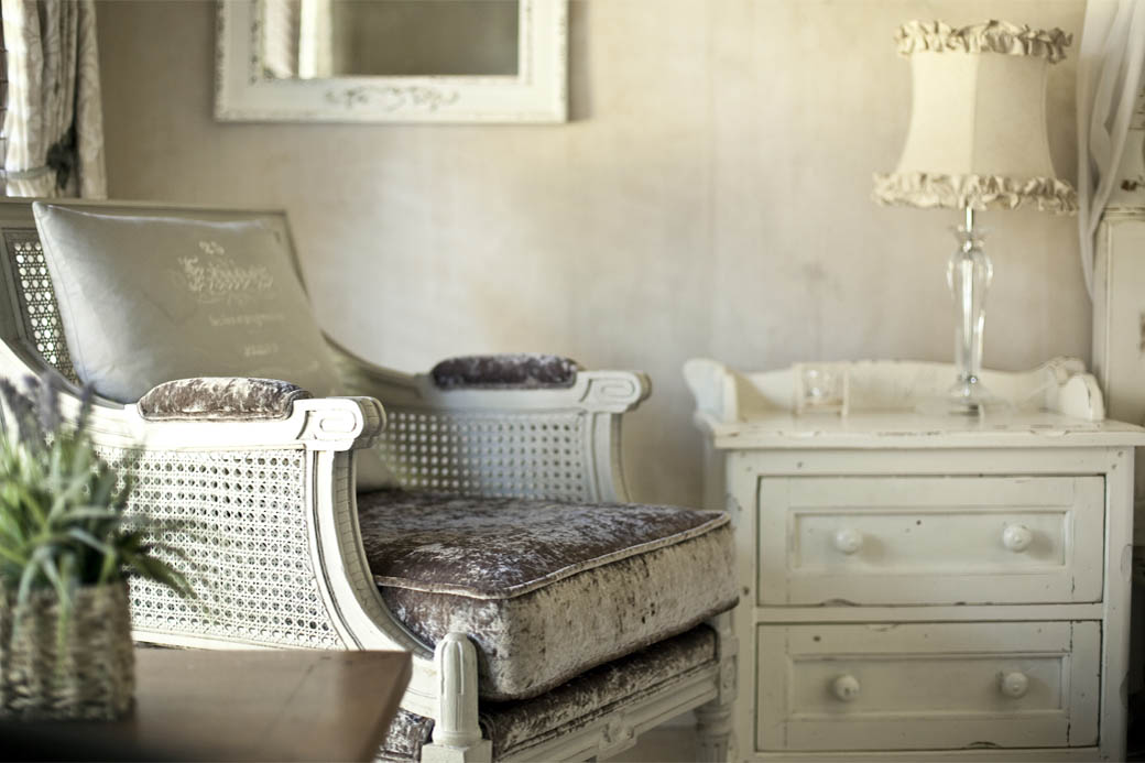 Exclusive furnishing